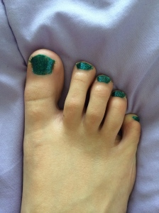 I painted my toenails for the first time since the end of my senior year of high school in 2010.